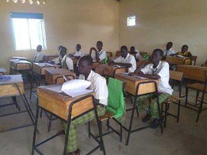 Schulklasse im Südsudan